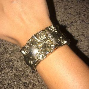 Large Gold Detail Bracelet